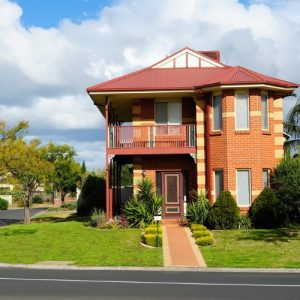 Best Investment Property Suburbs In Melbourne.jpg